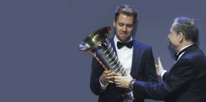 Foto 1_Sebastian Vettel y el equipo de Infiniti Red Bull se coronaron campeones