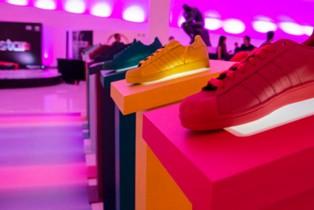 adidas Originals celebra Supercolor con la fiesta más colorida del año
