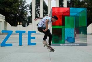 ZTE sale a la calle para presentar su nueva campaña #ExperienceisBetter