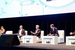 IAB Conecta 2015 reimagina el futuro