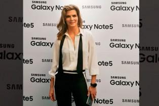 Samsung presenta a Montserrat Oliver como embajadora oficial de Galaxy Note5 y Gear S2