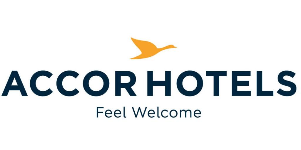 multi-hoteles-firma-tres-hoteles