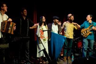 Emotivo concierto de ROXANA RÍO en la CDMX