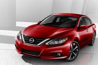El renovado sedán Nissan Altima 2017 llega a los distribuidores de la marca en México