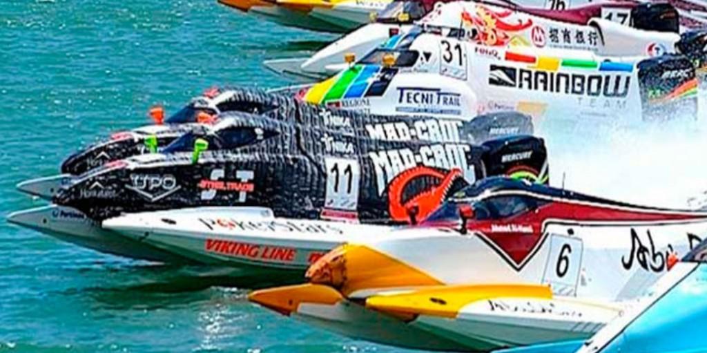 multi-champ-boat