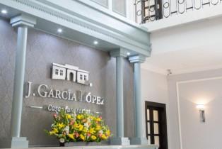 J. GARCÍA LÓPEZ es galardonada por asociación funeraria Internacional