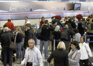 aeropuerto-Chicago-Pasajeros-American-Airlines_ECMIMA20111129_0075_4
