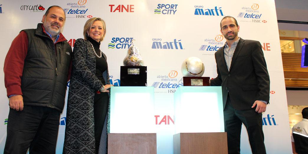 Grupo Martí hace el saque oficial y presenta los trofeos del Abierto  Mexicano de Tenis 2016 24054a0a58b